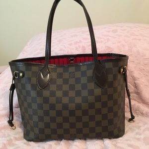 Louis Vuitton PM Damier Neverfull Tote 👜